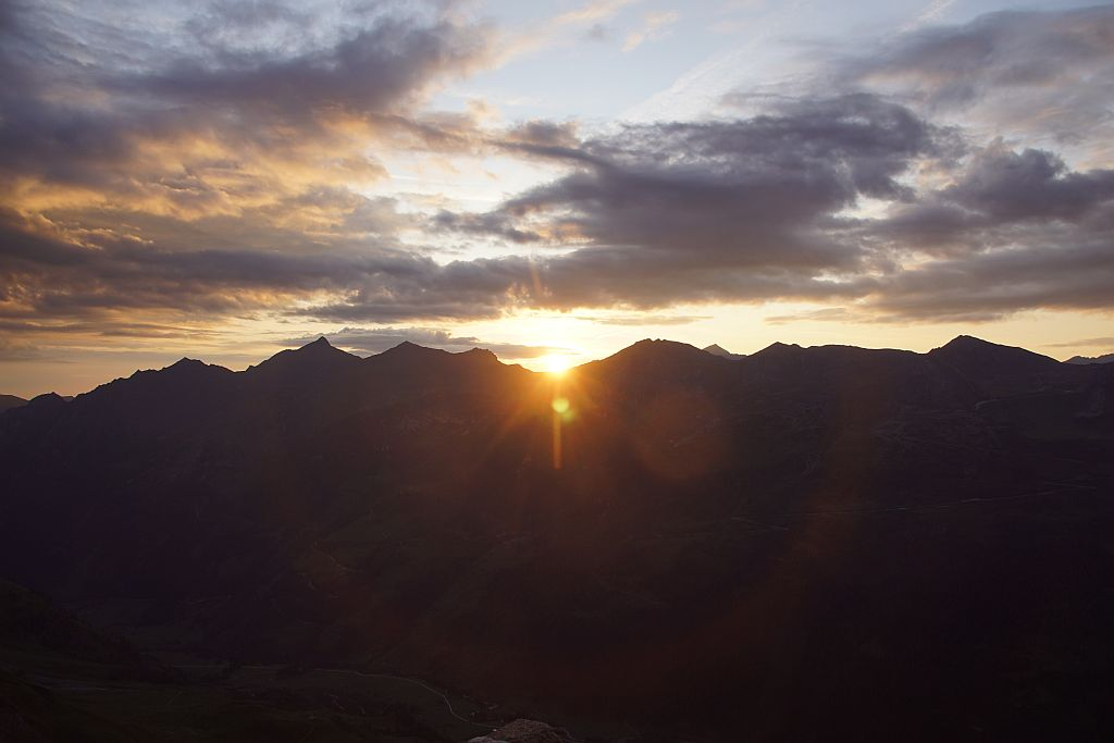 Sonnenaufgang bei der Schwarzenbgerhütte