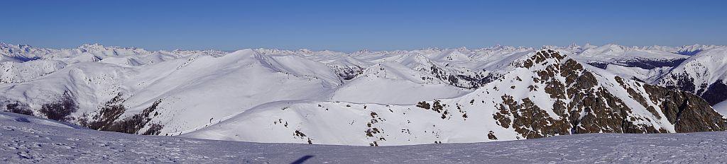 Nordpanorama, so weiß sieht man die Nockberge selten
