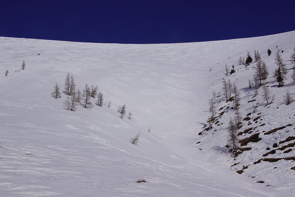 Südabfahrt im Firn bis etwa 1800m Seehöhe