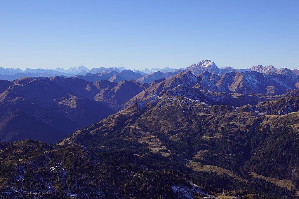 Vom Gipfel der fantastische Ausblick nach Westen