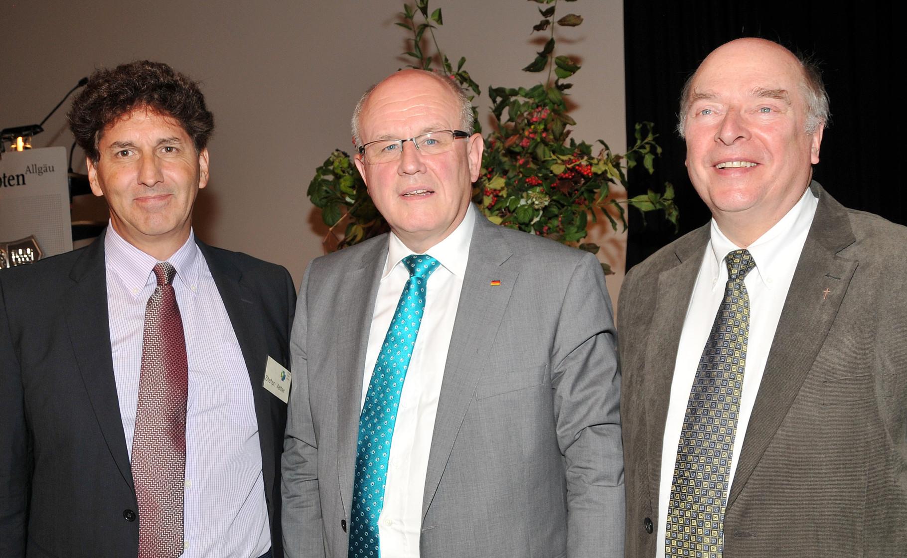 Mit Volker Kauder und Bernhard Ott (Pfarrer)