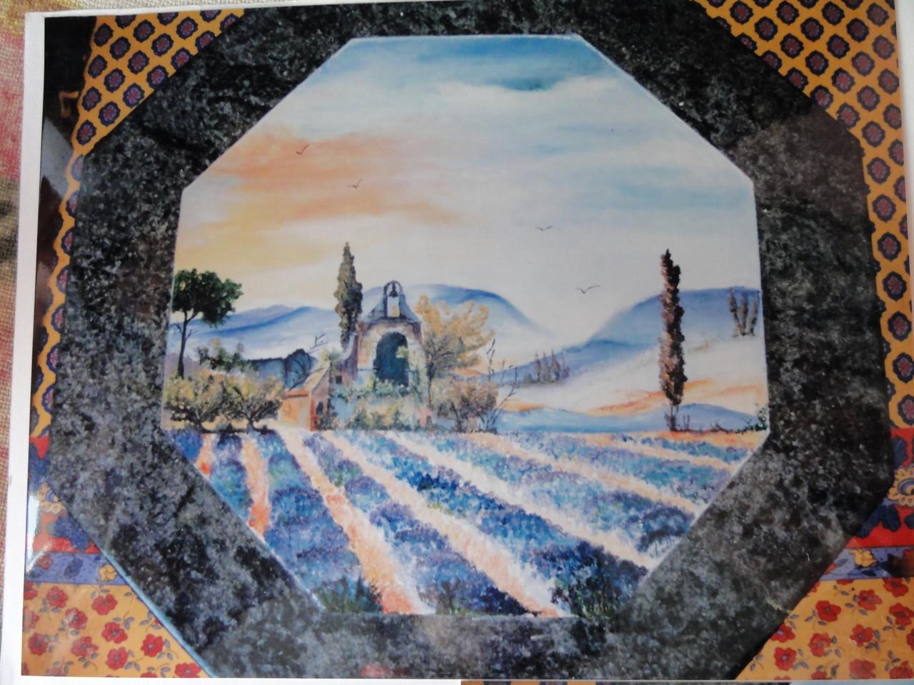 Décoration à l'huile sur table de bistrot en marbre