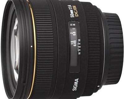 Sigma 50mm f / 1.4 EX DG HSM