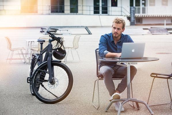 In der Innenstadt praktisch mit dem City e-Bike unterwegs