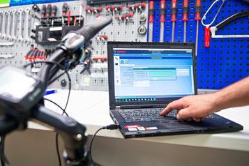 e-Bike Inspektion: Bremsen, Schaltung, Software kontrollieren