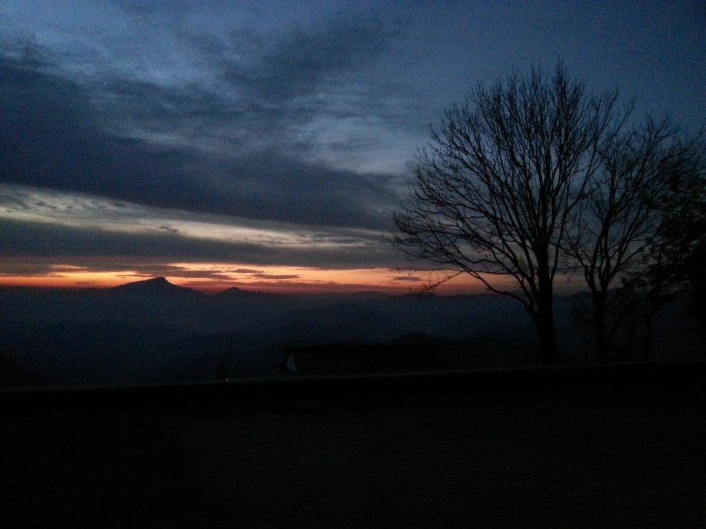 Um 5.45 Uhr beginnt der Tag mit dem Sonnenaufgang