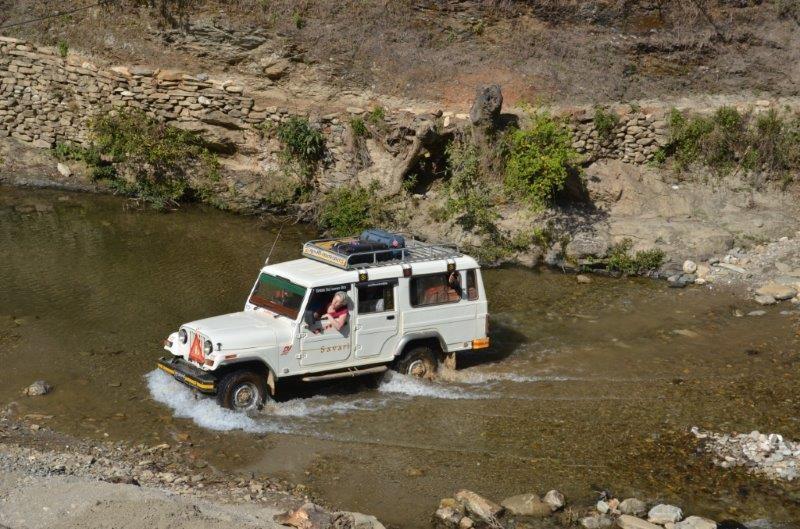 Der Weg nach Banjhakateri ist weit und schlecht...