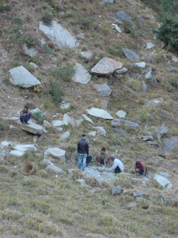 Der Steinbruch nahe dem Dorf