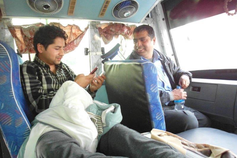 Bishnu erneut am Bein operiert bekam einen speziellen Platz