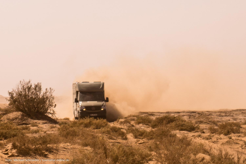 Video: Mit drei Allrad Sprintern durch die Sahara Marokkos: