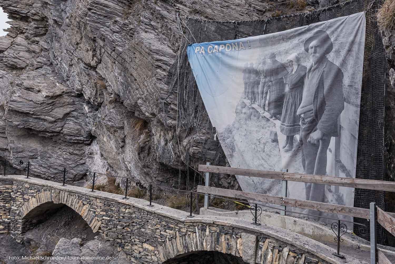 Bisse du Torrent-Neuf - historische Wasserleitung im Wallis