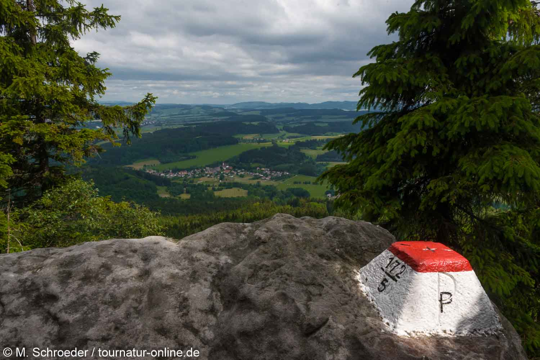 Grenzstein zu Tschechien