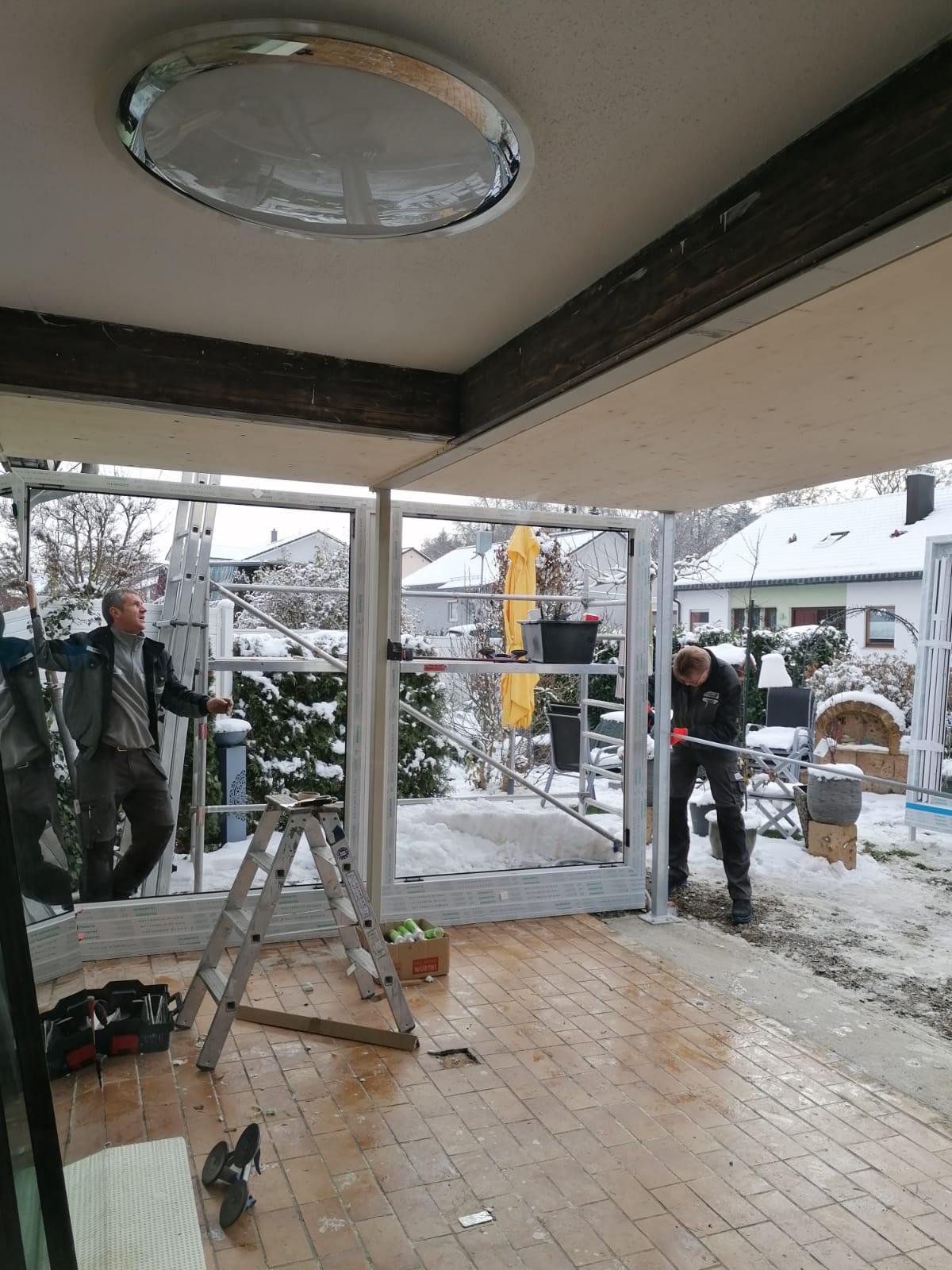 Einsetzen neuer Fensterelemente mit 3-fach Isolierverglasung