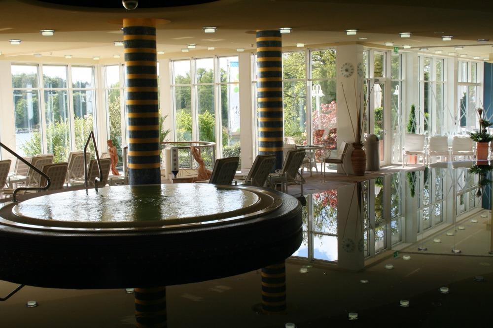 Wellnessbereich Vitalia Seehotel mit Pool und 3 Saunen