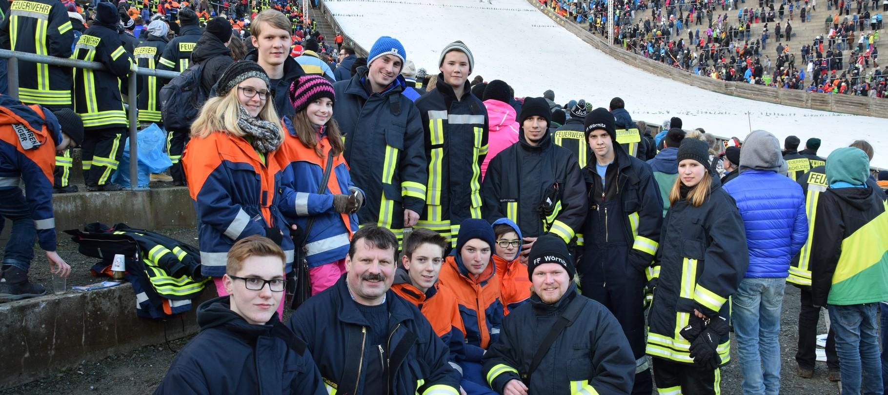 jugendfeuerwehr reist zum skispringen nach willingen