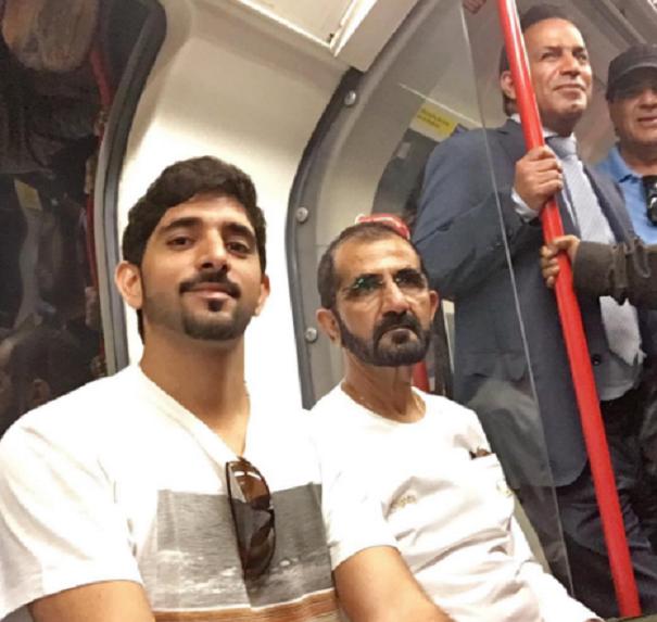 LONDRES ETE 2016 DANS LE METRO