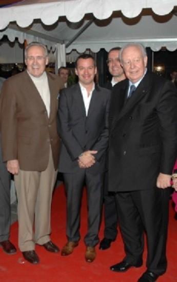 "13 NOV. 2008. INAUGURATION ""BRASSERIE OM Café"" : g.à dte. René FAURIE, Bruno MASCELLO et Jean-Claude GAUDIN"