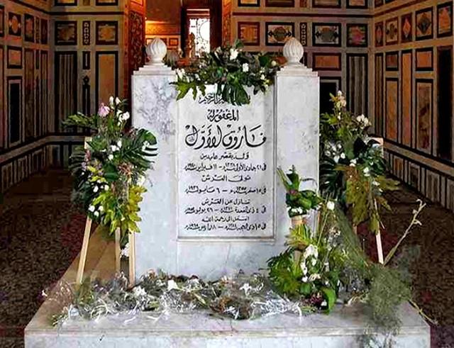 LE CAIRE. MOSQUEE EL-RIFAI. TOMBE DU ROI FAROUK 1er.
