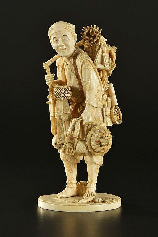 COLPORTEUR JAPONAIS  XVIIè. s.  IVOIRE