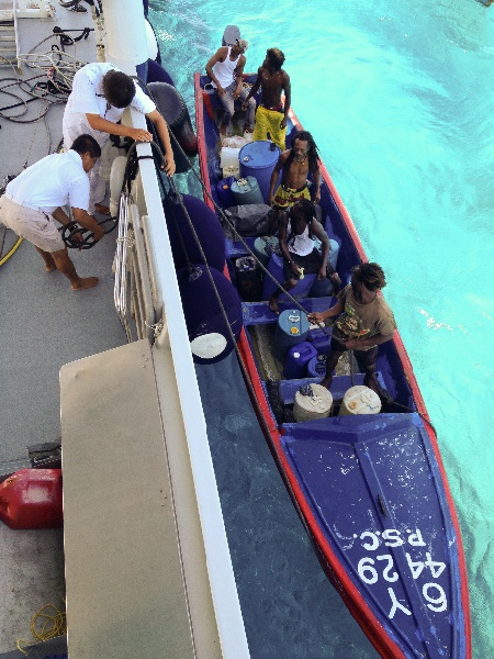 18 Mars 2012. Pêcheurs locaux travaillant à créer avec la LOF un sanctuaire à Pedro Banks