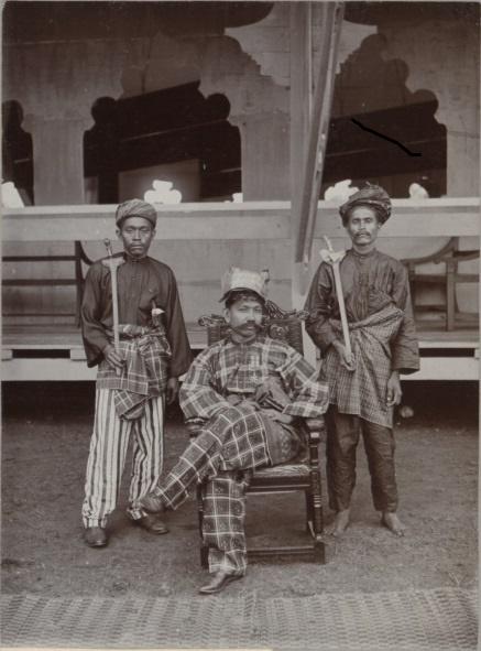 1903. TUANKU MUHAMMAD et SES GARDES DU CORPS