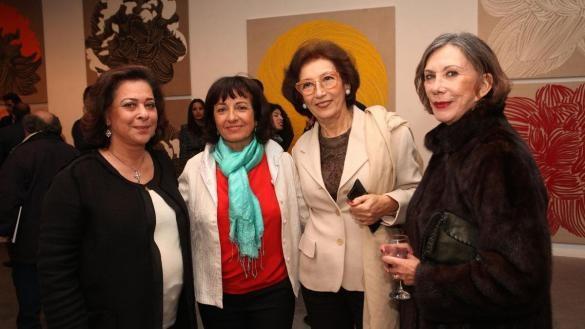 g. à dte. AICHA AMOR, NAJIA, MME ANDRE AZOULAY (KATIA BRAMI), MME HAROUCHI.