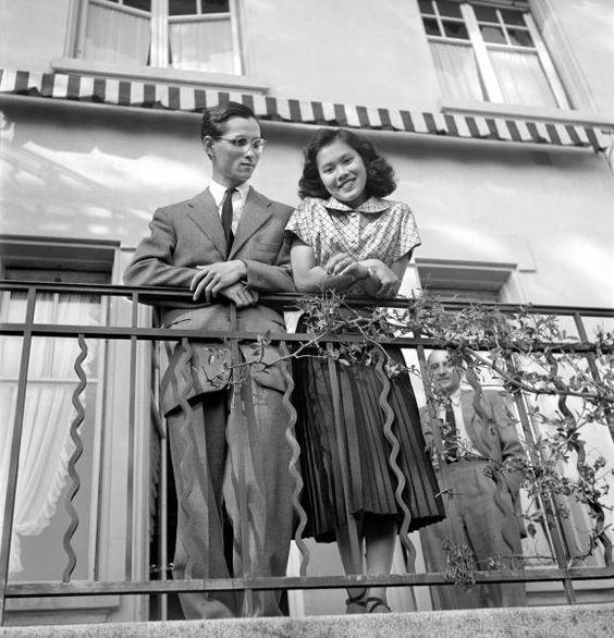 Septembre 1949. LAUSANNE. FIANCéS