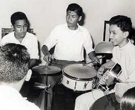 """Mon inoubliable """"Band"""". A dte. Tuanku Muhriz il y plus de 50 ans"""