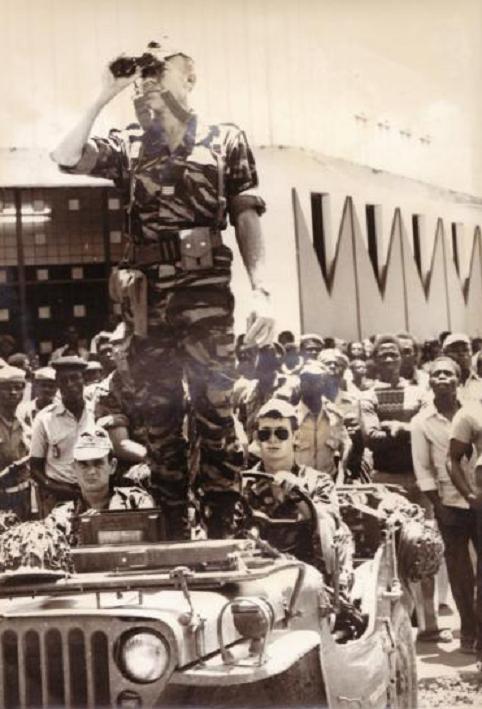 22 SEPT. 1979.  LE CNE Olivier FABRE COMMANDANT LA 3è COMPAGNIE. C* amicale 8 rpima