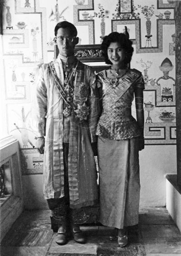BANGKOK. 28 Avril 1951. JUST MARRIED.