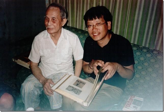 2002. HANOI. KIM-KHÔI et LUONG XUÂN NHI, ELEVE DE NAM SON.