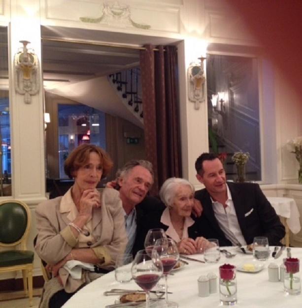 MEERT 14 Juin 2014. GISELE CASADESSUS 100 ANS, avec ses enfants Martine PASCAL,  Jean-Claude CASADESUS et son peti-fils  Sebastien COPELAND.  C* Anne BETREMIEUX