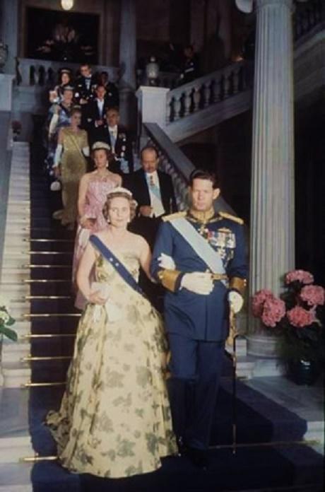 ATHENES. 13 MAI 1962. ASSISTANT AU MARIAGE DE LA PRINCESSE SOPHIE DE GRECE ET DU FUTUR ROI JUAN CARLOS D''ESPAGNE.