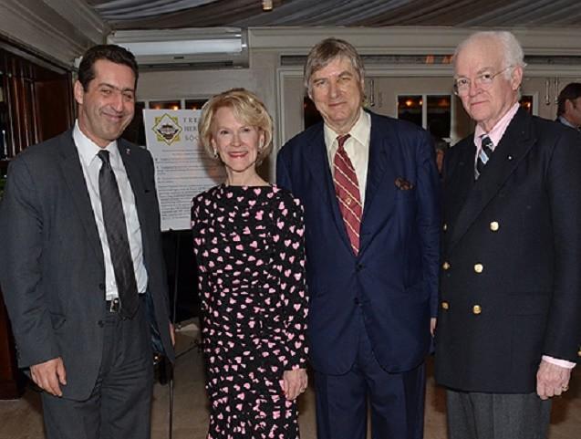 S.Exc. Gaêl de MAISONNEUVE, CONSUL DE FRANCE à MIAMI, Elisabeth STRIBLING, Comte Denis de KERGORLAY, John C. HARVEY. C* ANNIE WATT,