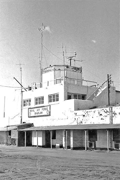 1963. LA TOUR DE CONTRÔLE