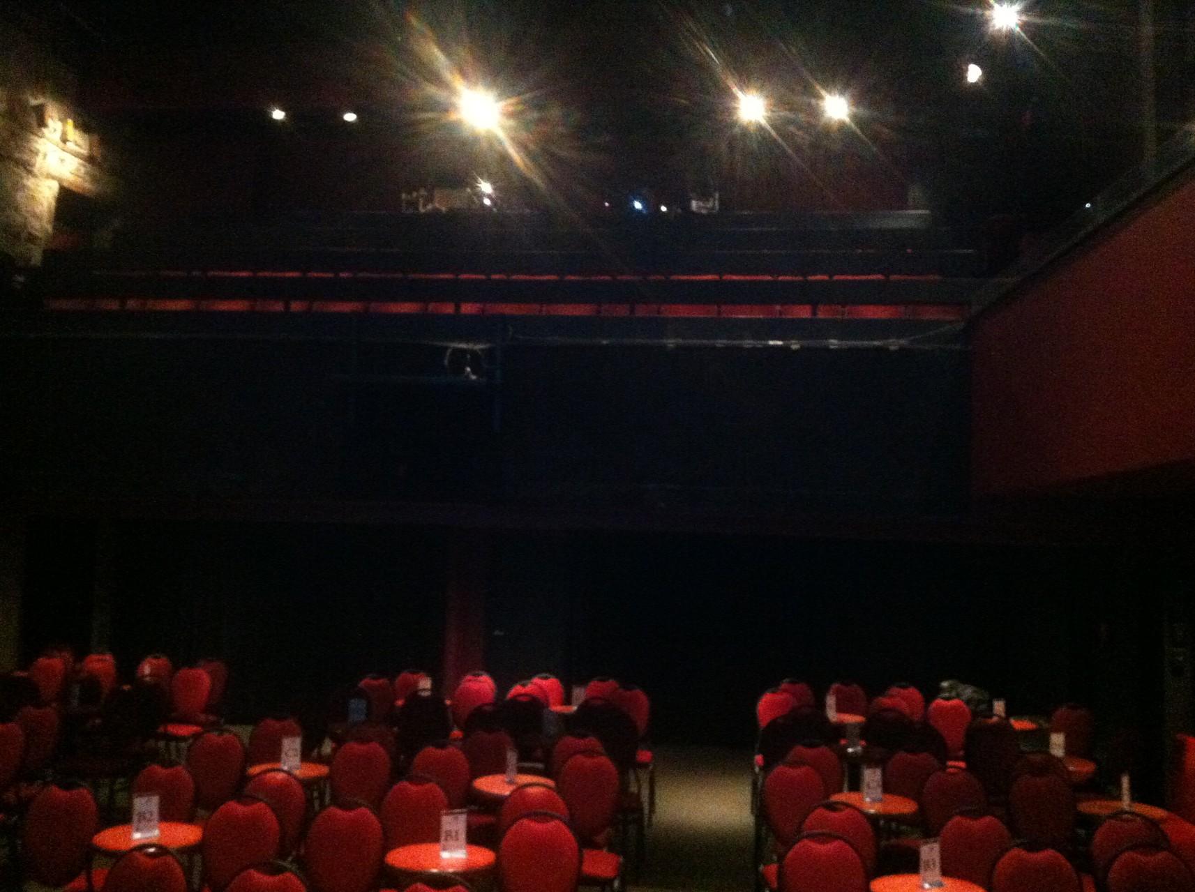 Live at Théâtre Petit Champlain - November 2013