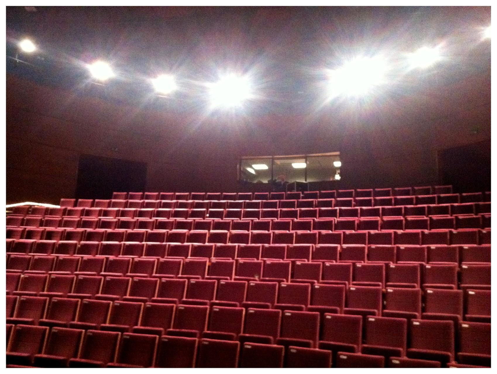 Live at Théâtre d'Orléans - October 2013