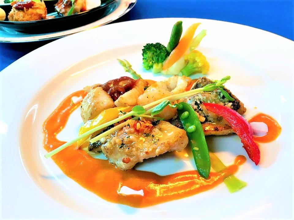 セミコースランチのお魚料理。3種のお魚が楽しめます