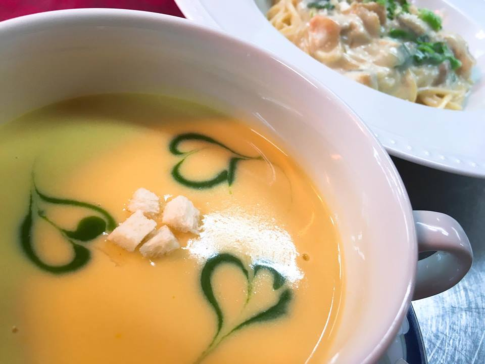 レディースフレンチ会席ランチはスープかパスタのチョイス(お食事会ではスープとなります)