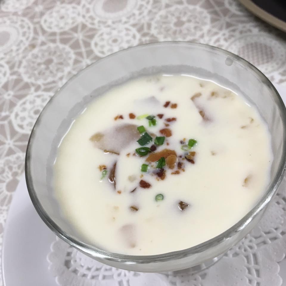 夏季限定冷製スープ(トックブランシュコース)