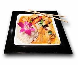 asiatischer Essensteller - vietnamesisches Restaurant