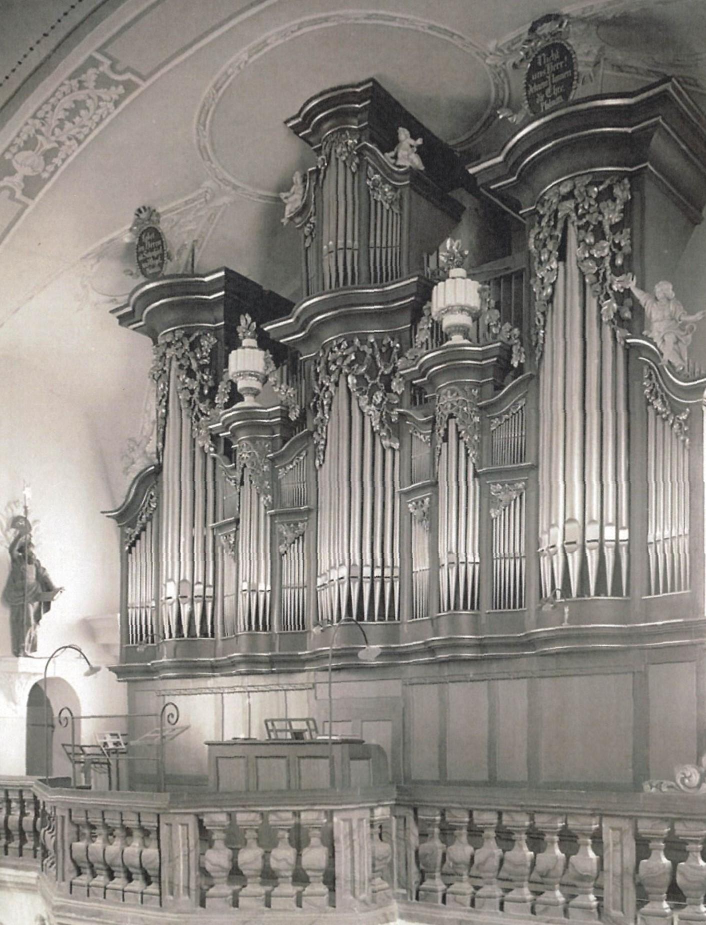 (c) 1970 Orgel Pfarrkirche Heilig Kreuz (Orgelbau Späth/Rapperswil) Zustand bis zur Renovierung 1970