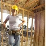 活躍する女性技術者、現場監督
