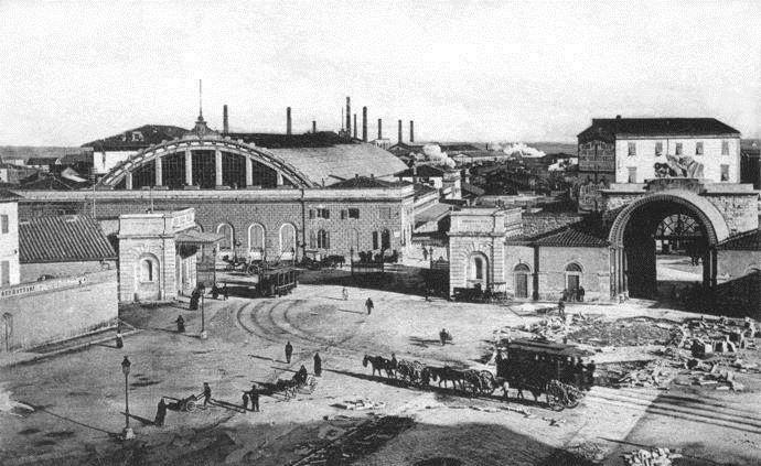 La stazione prima della demolizione della volta