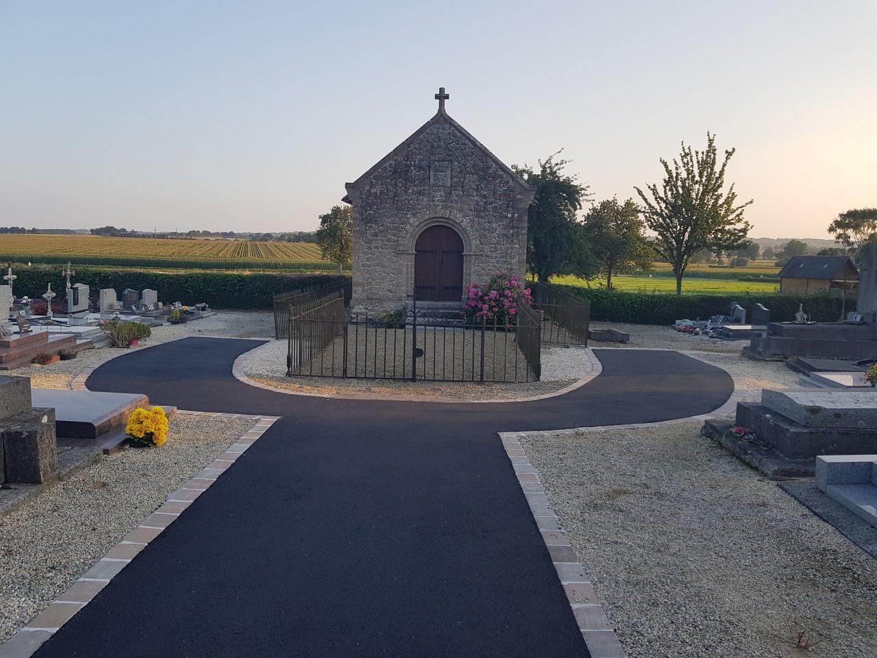 Aménagement des allées du cimetière de Thuboeuf SIVOM Région Lassay les Châteaux