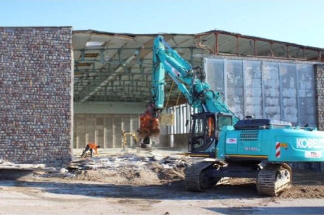 Démolition de la façade - Pendant travaux