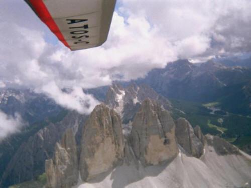 Flug über den drei Zinnen in ca.4000 m Höhe