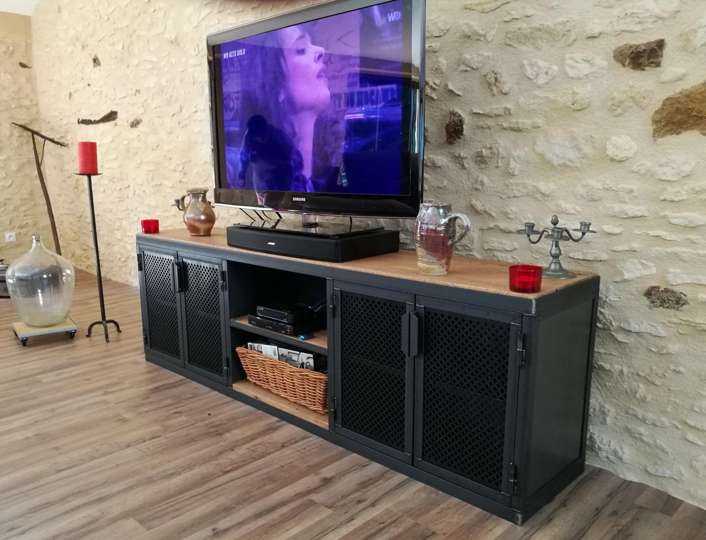 Meuble Tv Avec Barre De Son meubles tv industriels - metalik & bois meubles industriel