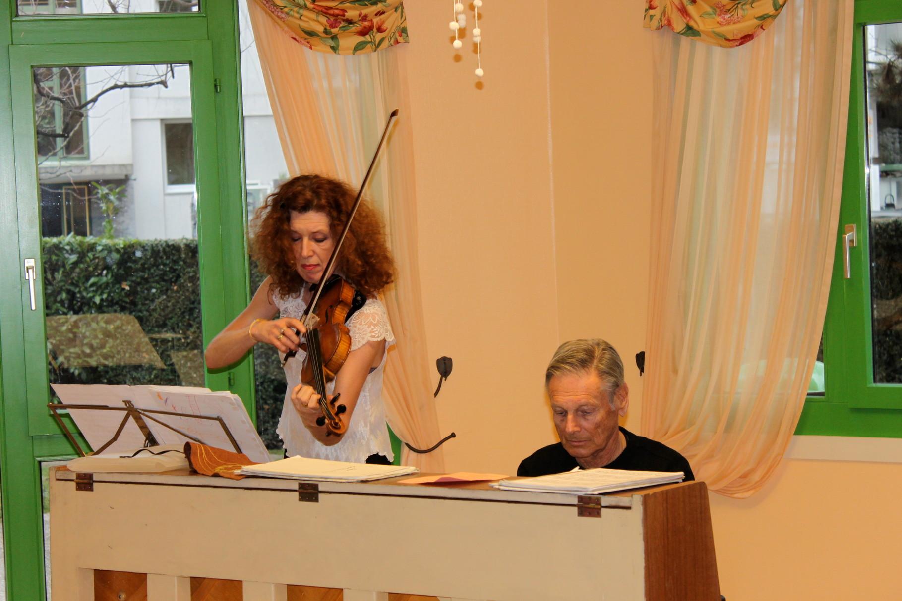 Duo violon, piano, Mme Cimprich et M. Schuttel, mars 2014