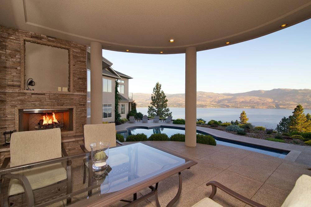 Resort living in West Kelowna, Lakeview Memories